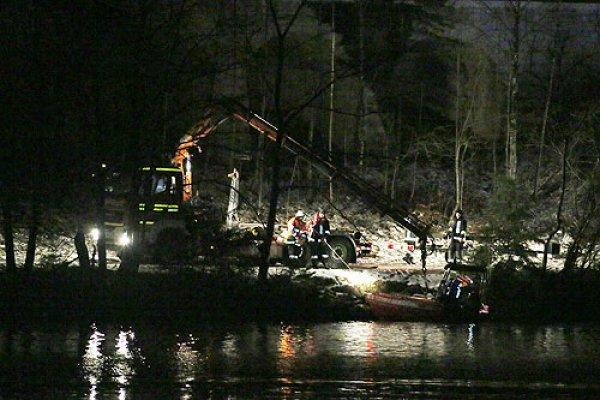 Wasserrettung vom 05.01.2016  |  (C) Feuerwehr Bad Reichenhall (2016)