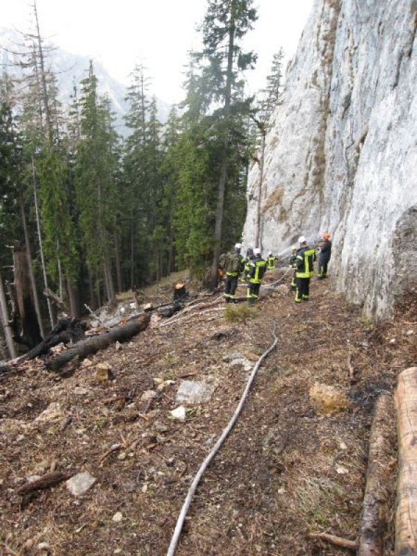 Brandeinsatz vom 04.04.2016  |  (C) Feuerwehr Bad Reichenhall (2016)