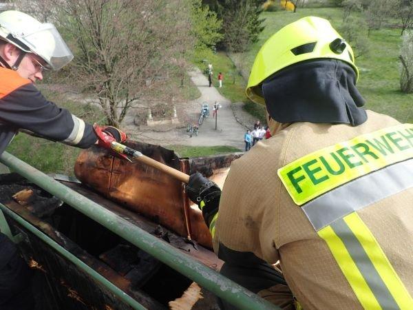 Brandeinsatz vom 05.04.2016  |  (C) Feuerwehr Bad Reichenhall (2016)